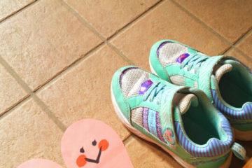 靴のマークのシール